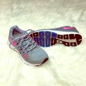Nike women's running cross training shoes